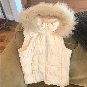 Gap Kids Sleeveless Puffer Vest